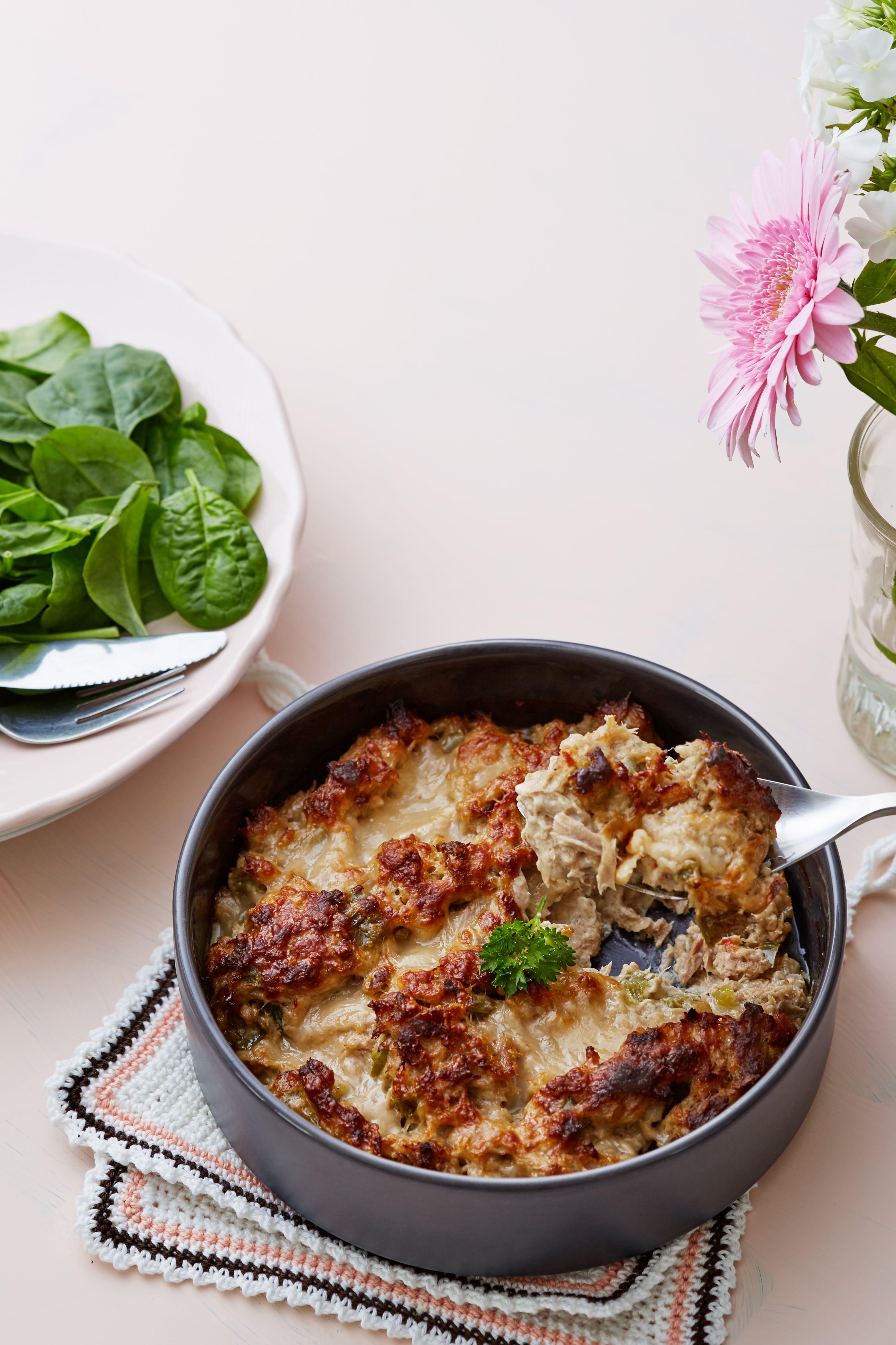 Tonfiskgratäng med selleri och parmesan