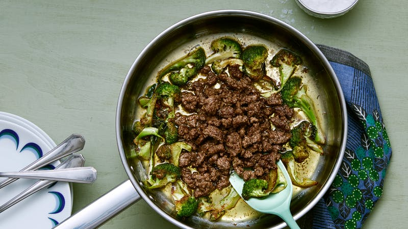 Nötfärs med smörstekt broccoli