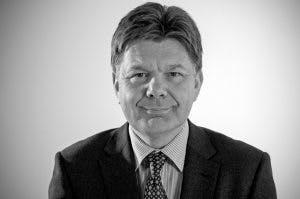 Dr David Cavan