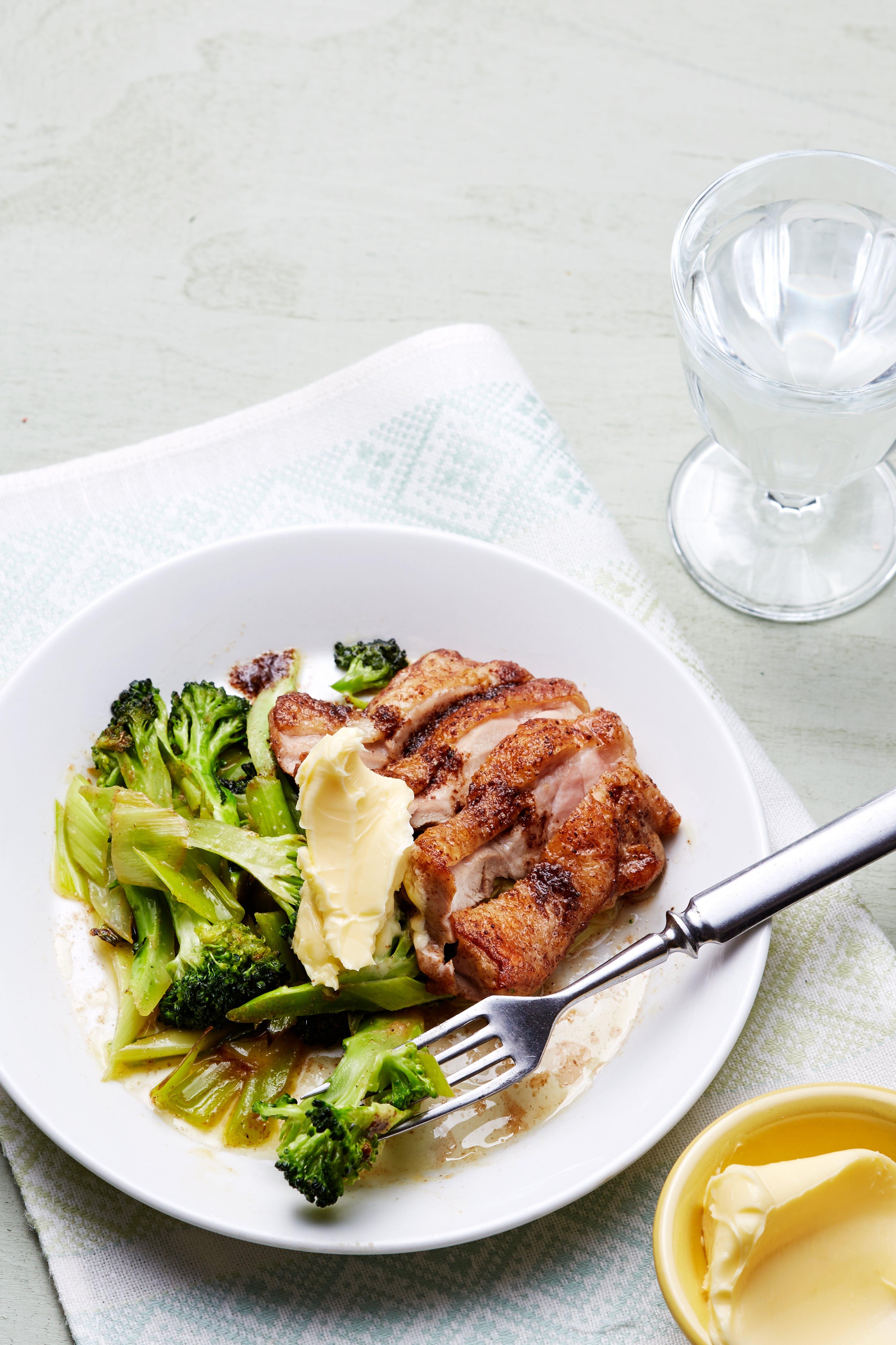 Kycklinglårfilé med broccoli
