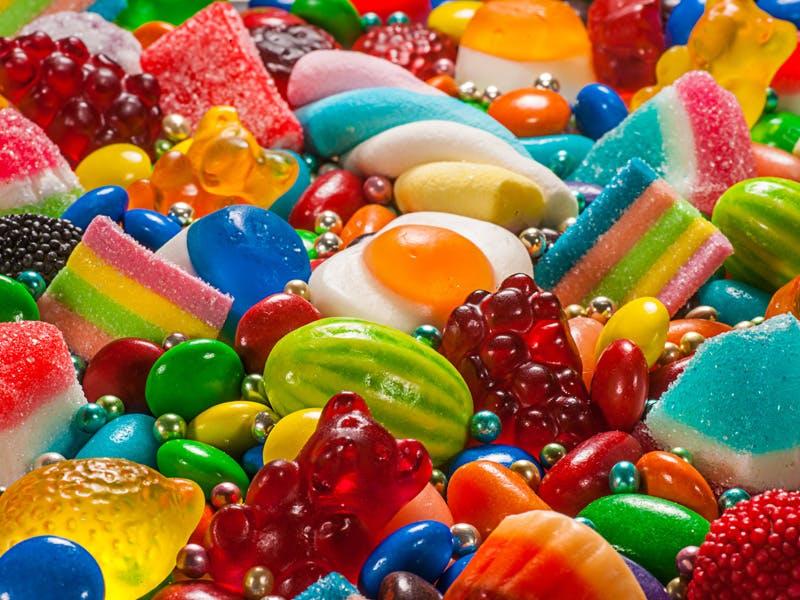 Svensken äter mest godis i världen