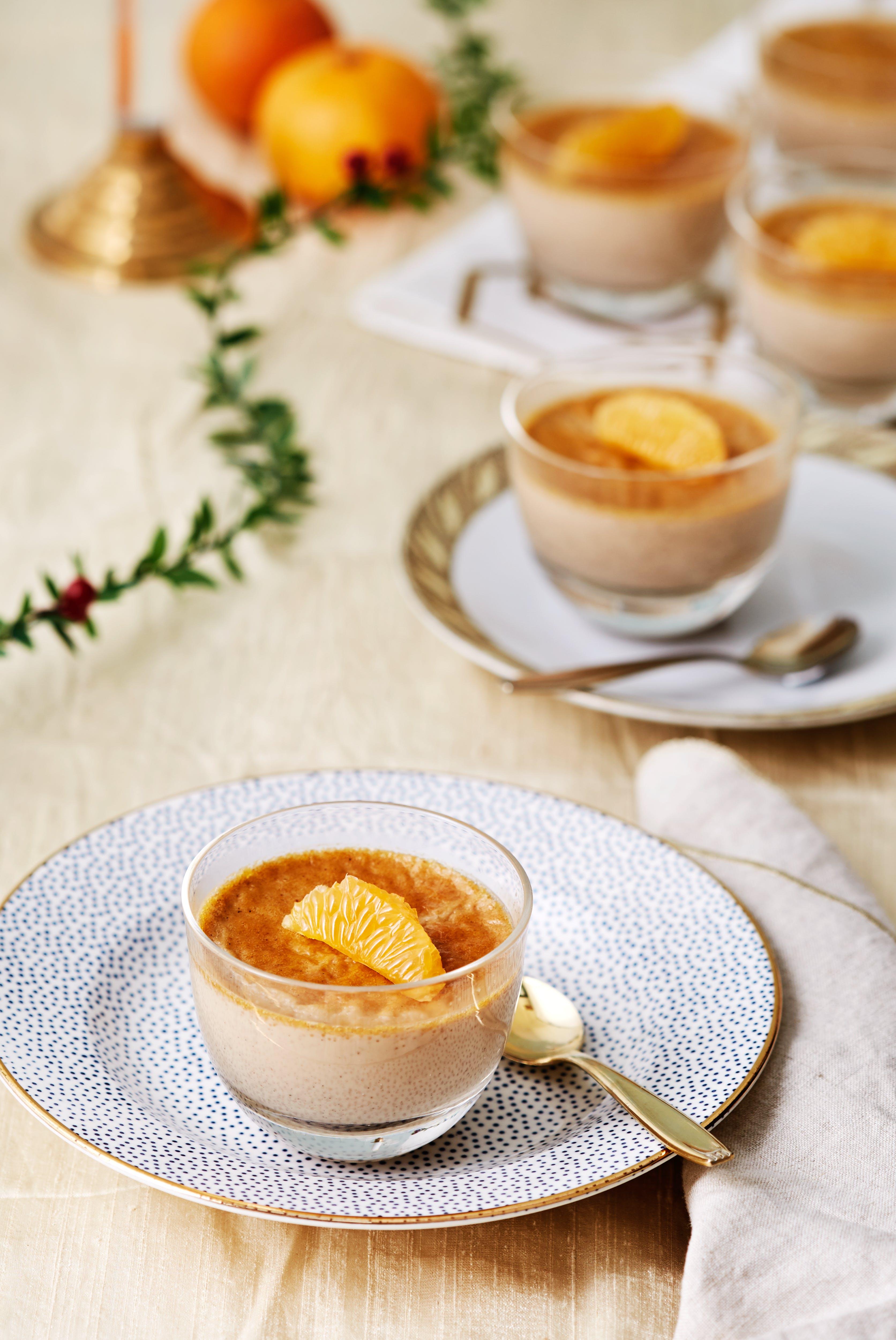 Sockerfri crème brulée med smak av jul