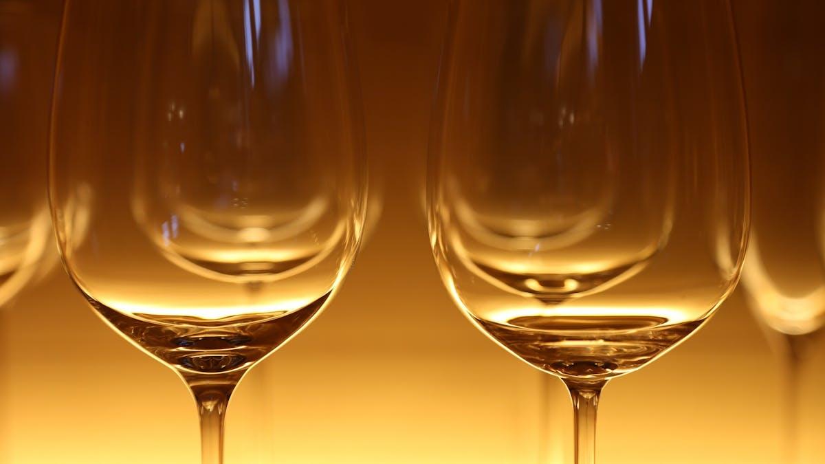 Kan jag dricka vin när jag äter LCHF?
