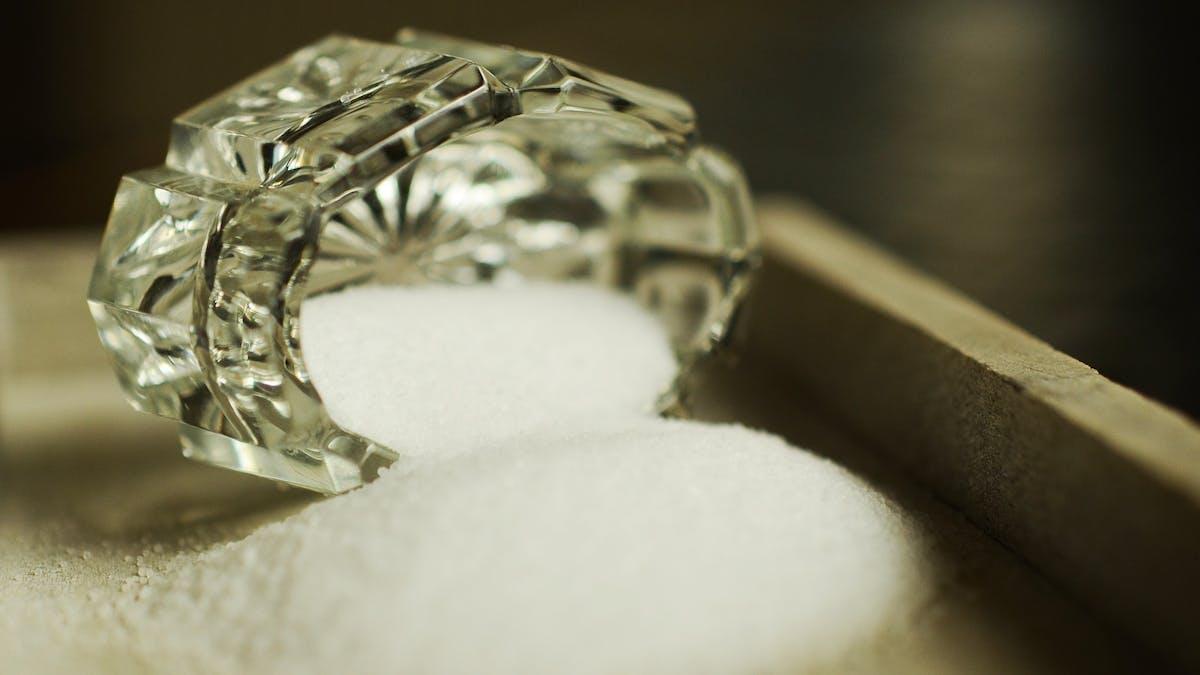 Två teskedar salt funkar för de flesta