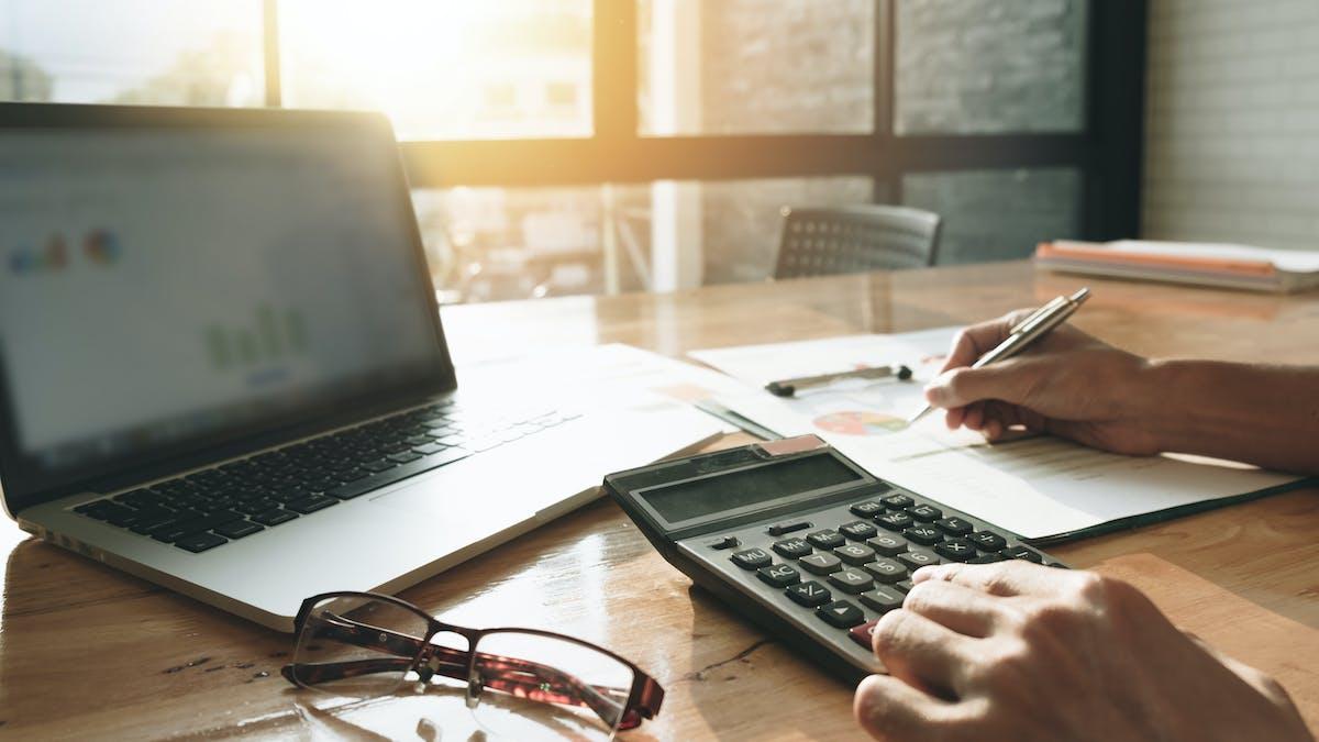 Ekonomisamordnare och kontorsansvarig