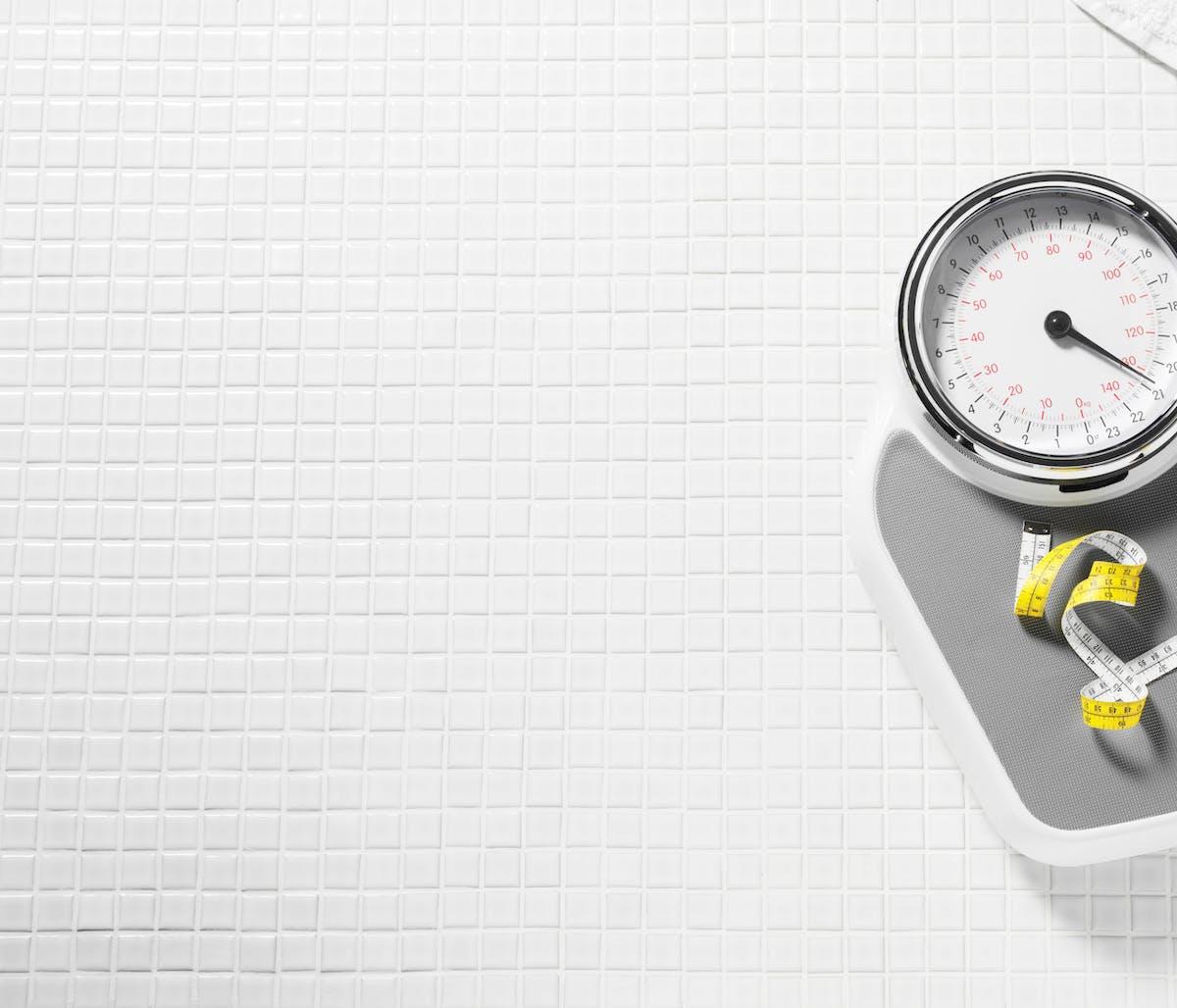 Gå ner i vikt – de 18 bästa tipsen