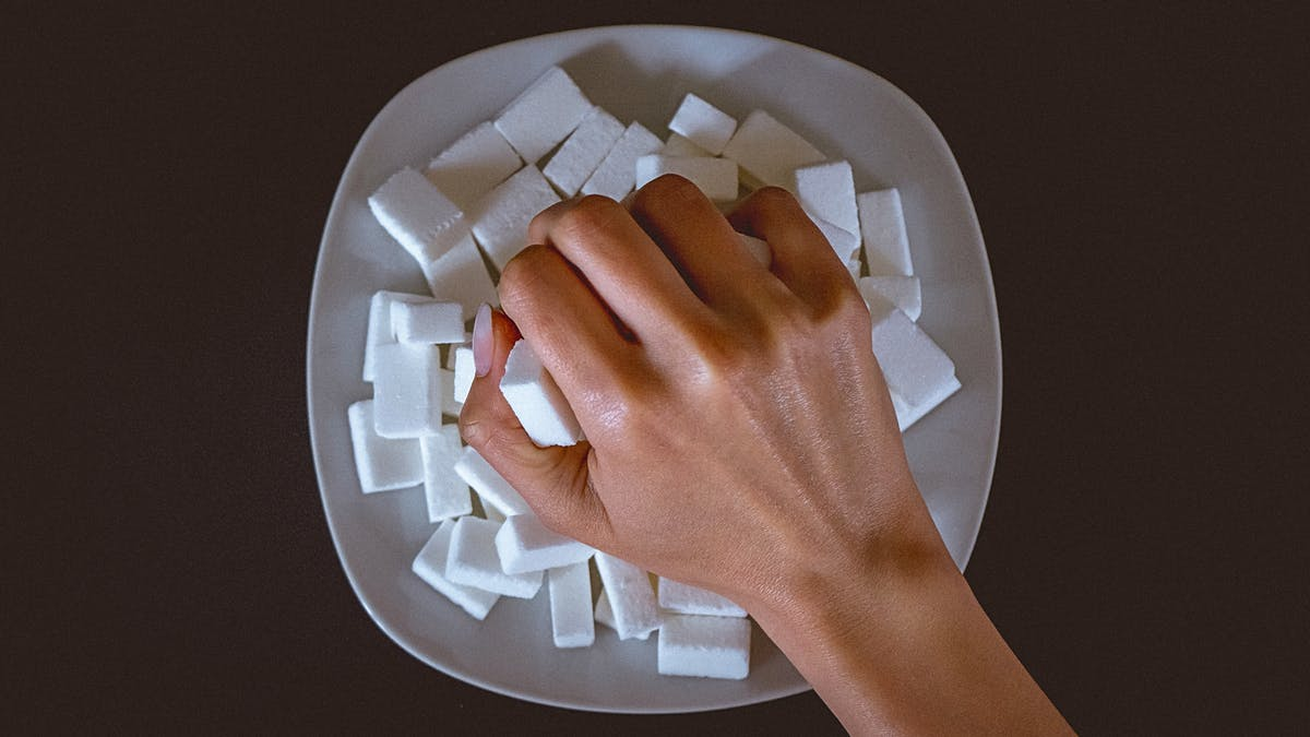 Kostfonden uppmanar till kraftfulla åtgärder mot sockret