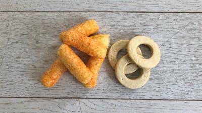 Svar från Semper: snacks och kakor kan utveckla bebisars fingermotorik