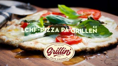 Grilla med KetoConnect: LCHF-pizza på grillen