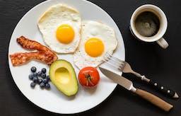 Expressen om vad som händer i kroppen när du slutar äta kolhydrater