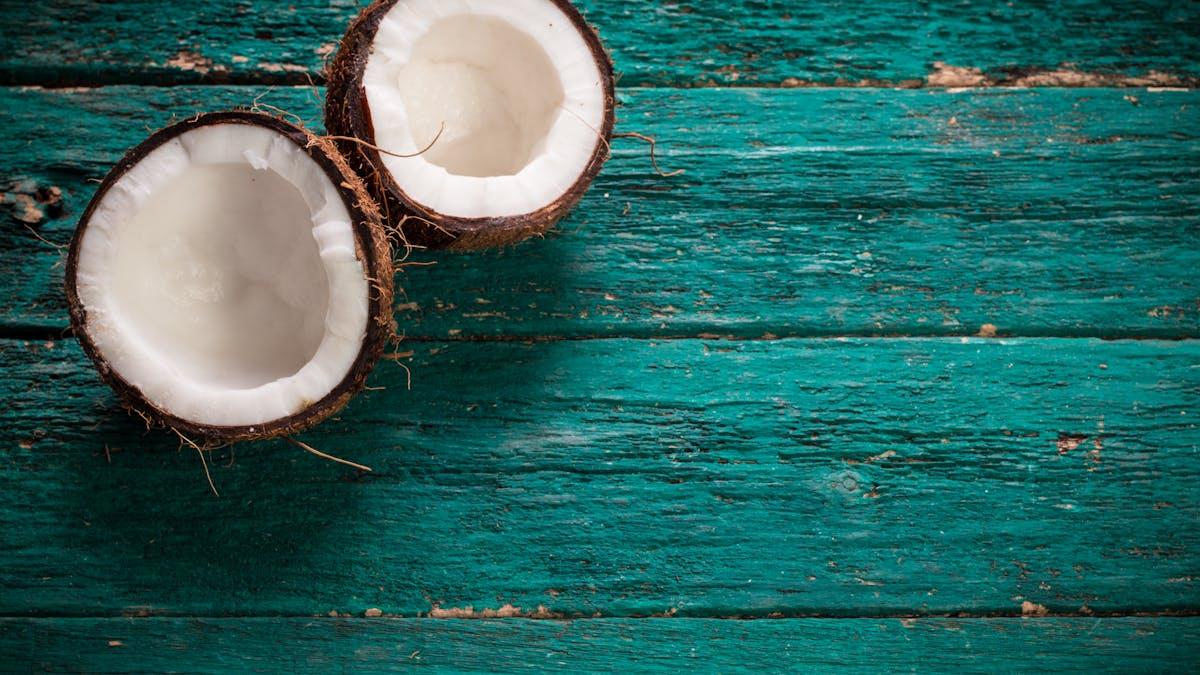 Vad kan man använda istället för kokosmjöl?