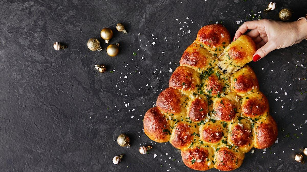 Julgransbröd med mozzarella och vitlökssmör