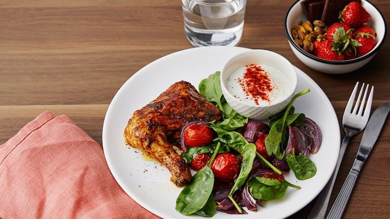 Kycklingklubbor med grönsaker, paprikasås och dessert