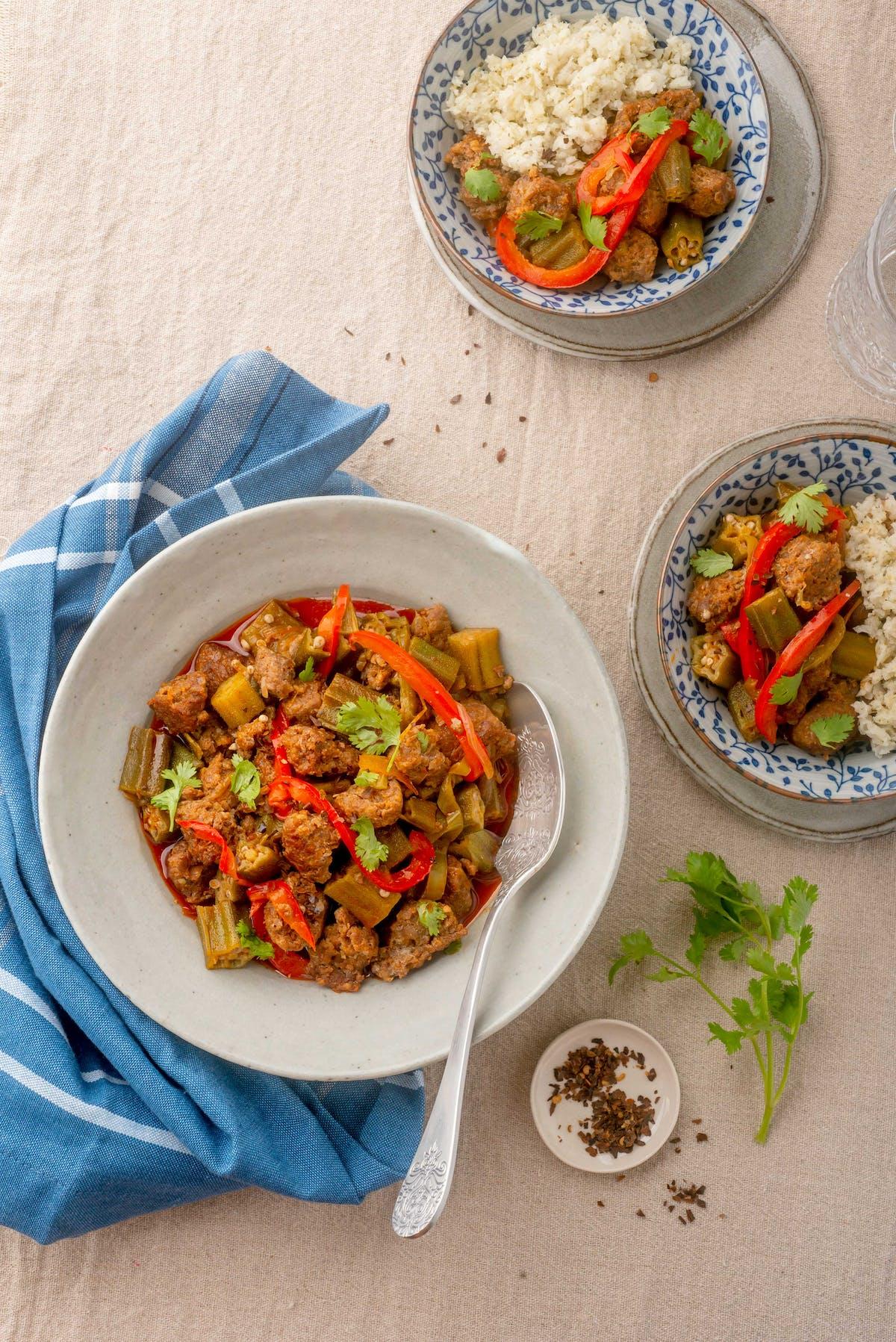 LCHF-gryta med okra och mexikansk chorizo