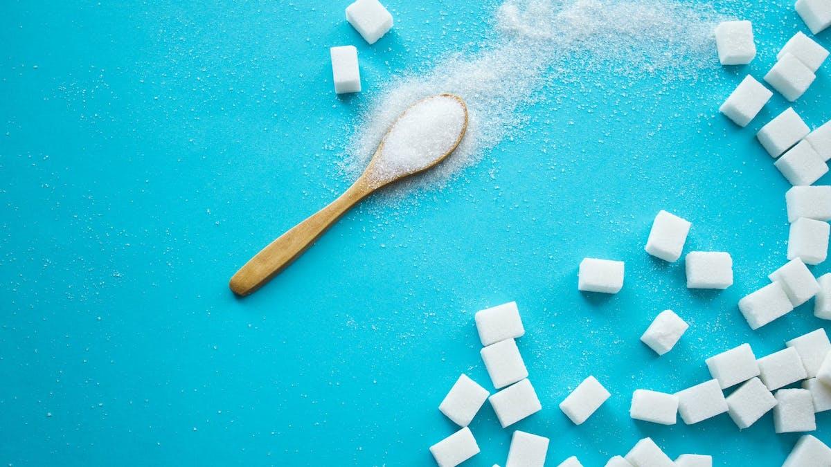 Kolhydrater och insulin spelar visst roll för viktuppgång
