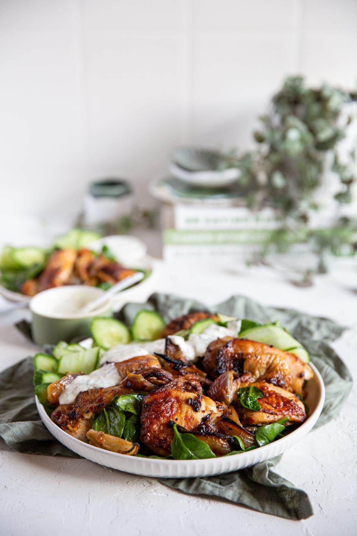 Kyckling med harissamarinad och limesås