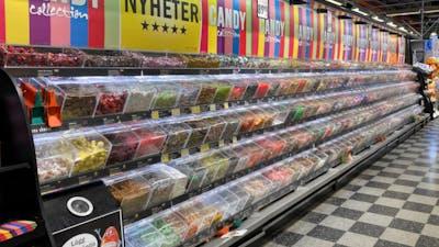 Ann Fernholm: Vart tar allt godis som säljs i Sverige vägen?