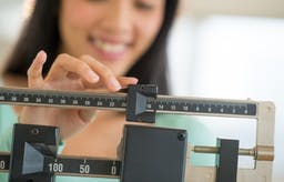New major study: a low-carb diet yet again best for both weight and health markers!