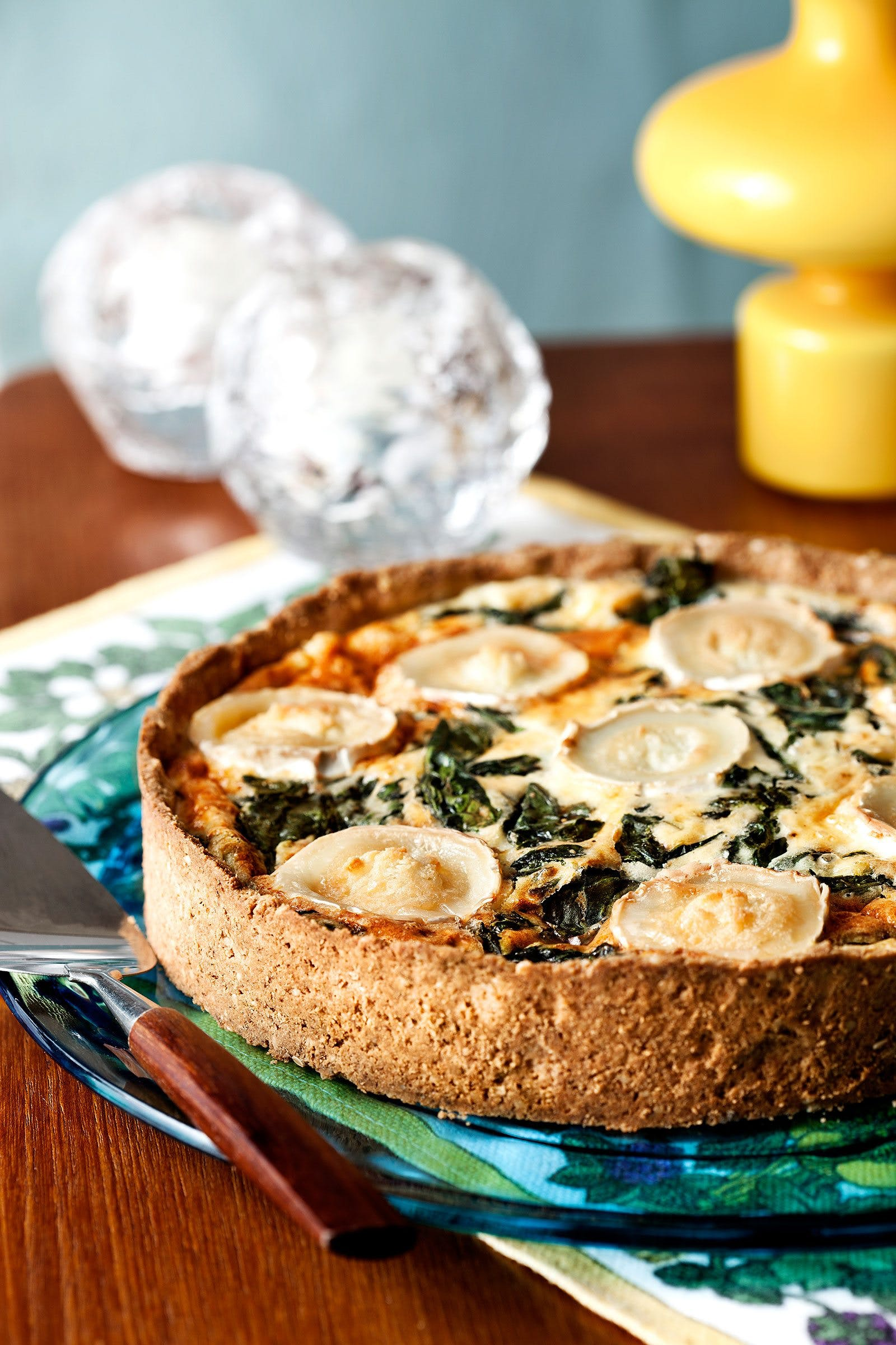 Keto spinach and goat-cheese pie