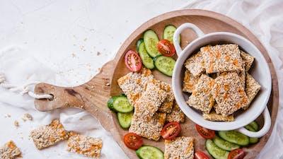LCHF Breakfast by Fanny #4 – Sesame Crispbread