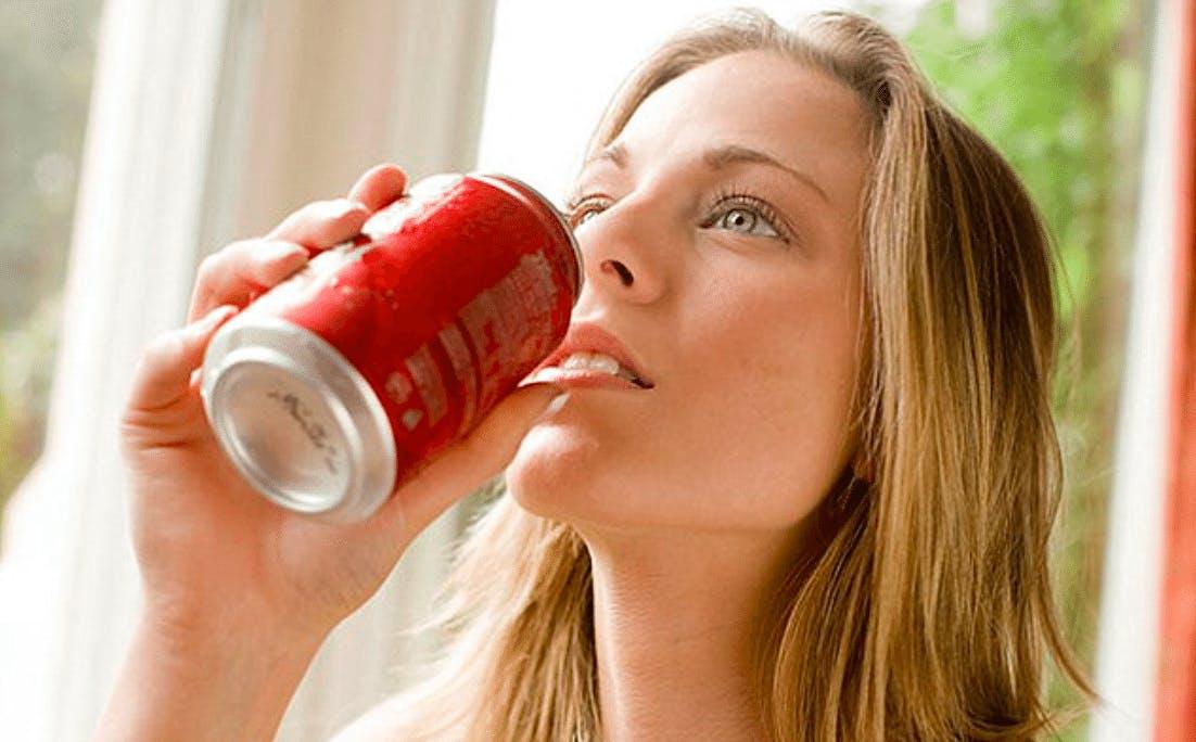 Sugary drinks may kill 184,000 adults per year