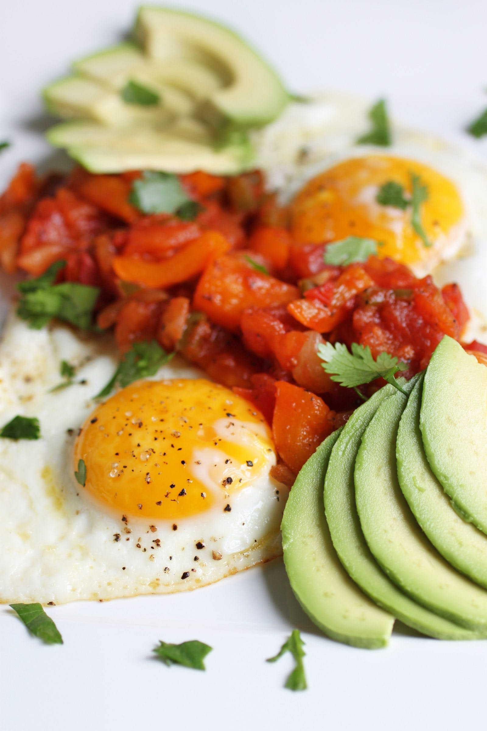 Low-carb huevos rancheros