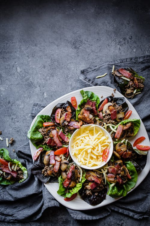 Keto bacon cheeseburger wraps
