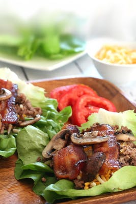 Low-carb bacon cheeseburger wraps