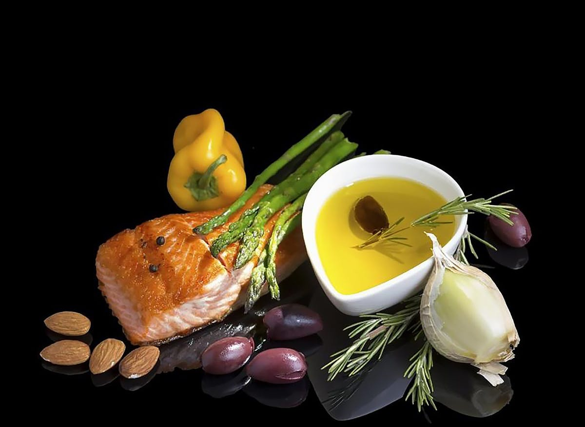 A HIGHER Fat Mediterranean Diet Reduces Breast Cancer Risk By 62%