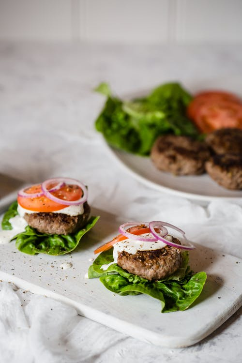 Low-carb lamb sliders with feta cheese dressing