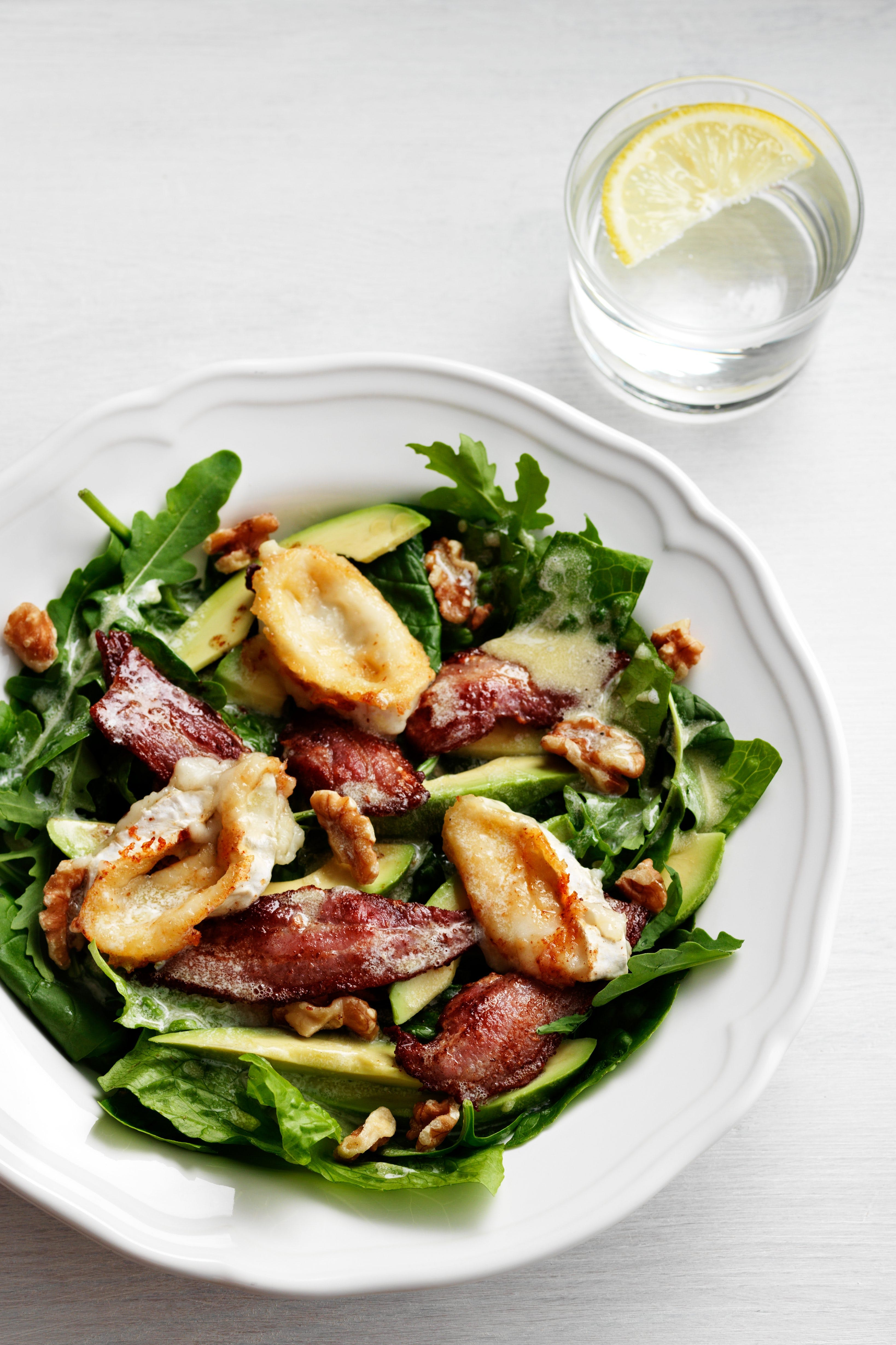 Keto avocado, bacon and goat-cheese salad