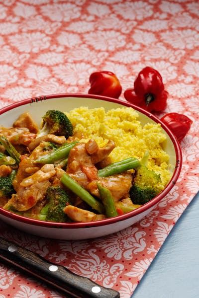 Low-carb curry chicken with cauliflower rice<br />(Dinner)