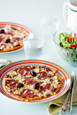 Whats for dinner heres an inspiring keto meal idea generator to keto pizza forumfinder Images