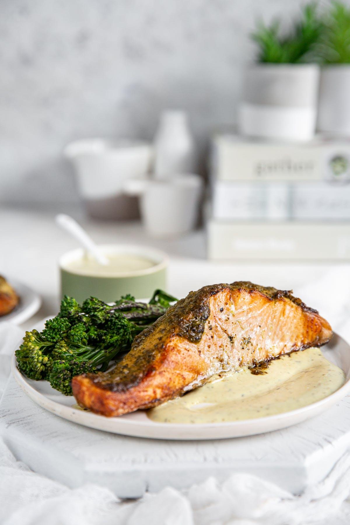 Keto baked salmon with pesto and broccoli