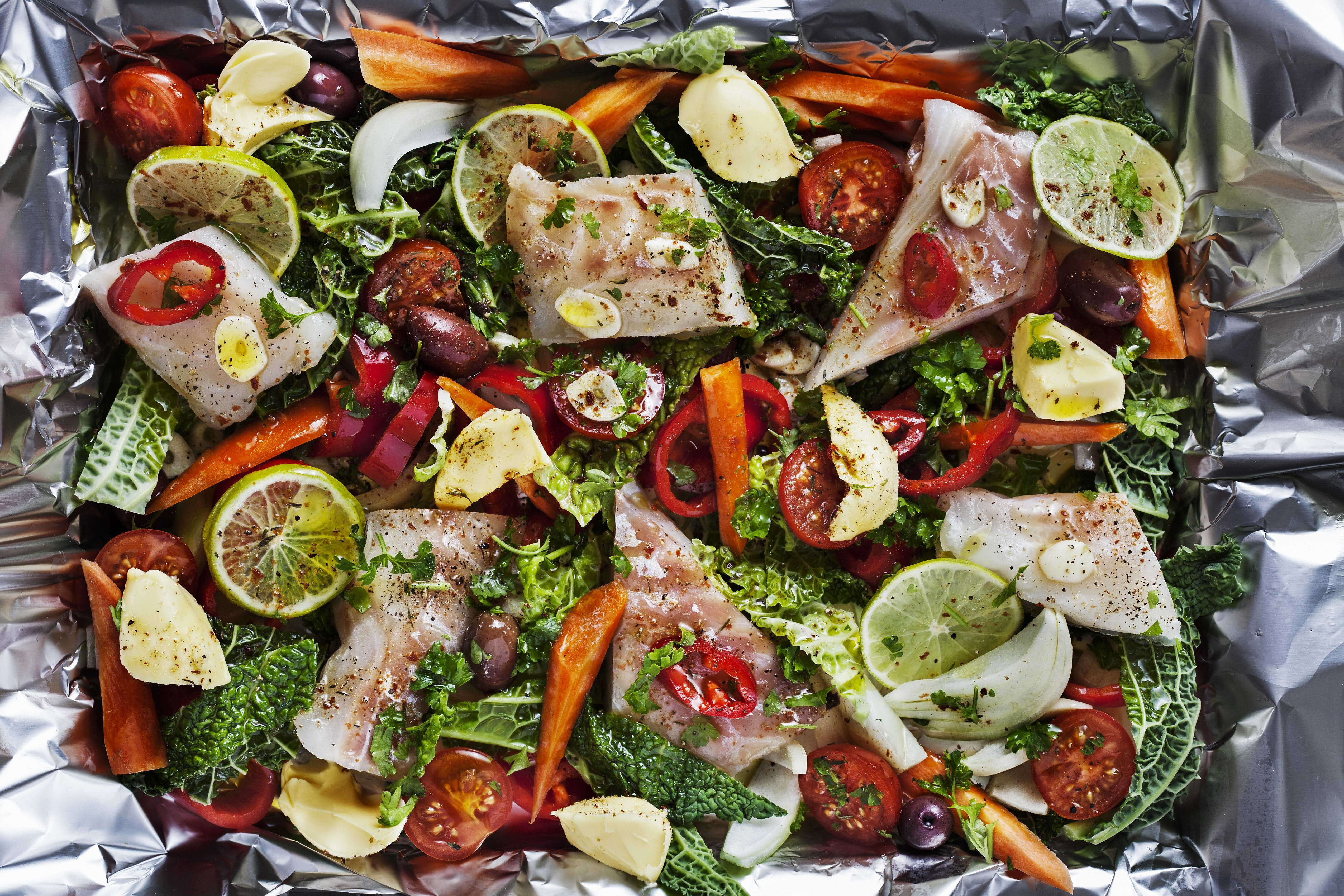Another New LCHF Recipe: Fish with Vegetables Baked in Foil