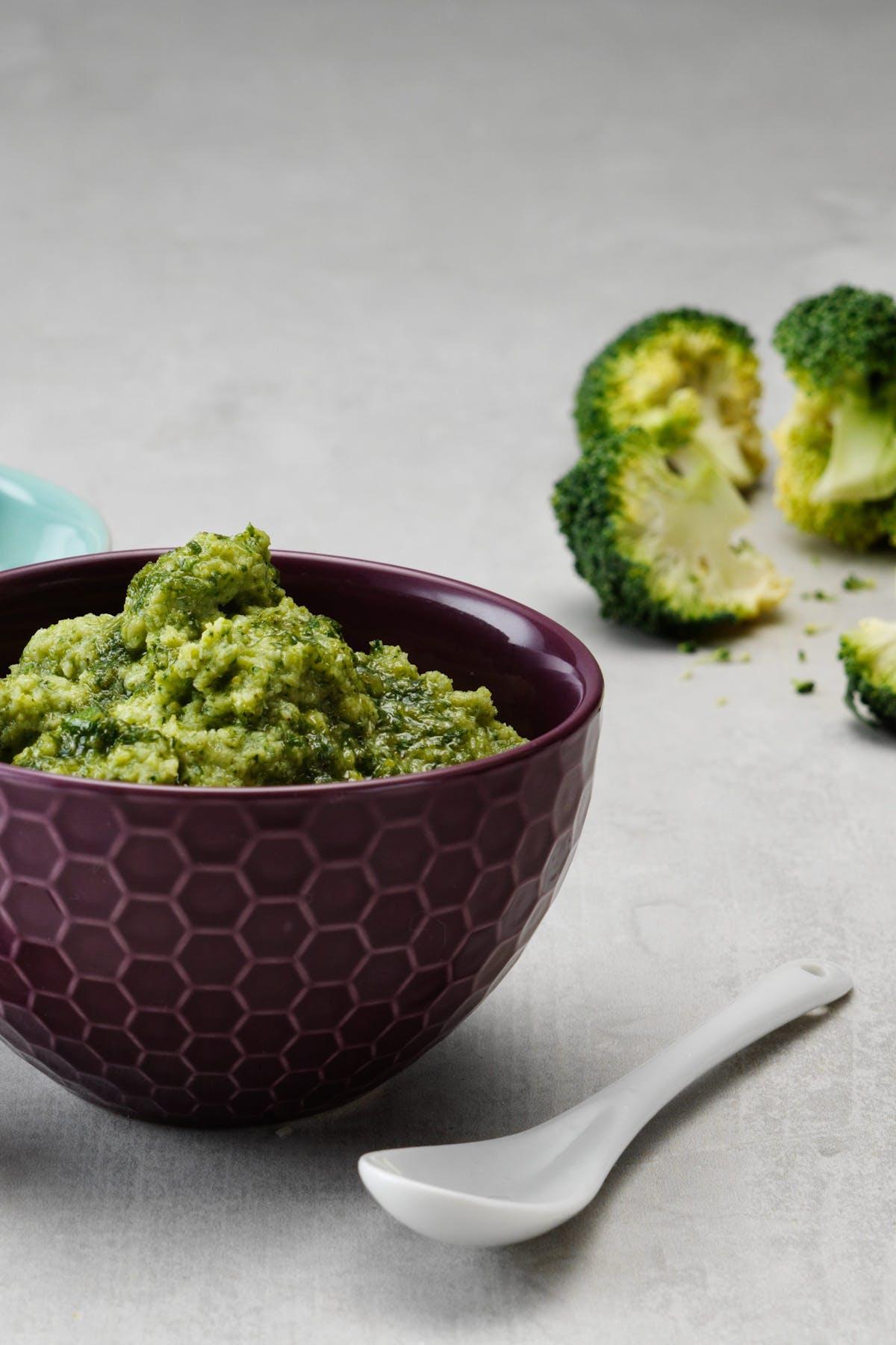 Low-carb broccoli mash