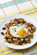 Low-carb eggplant hash with eggs