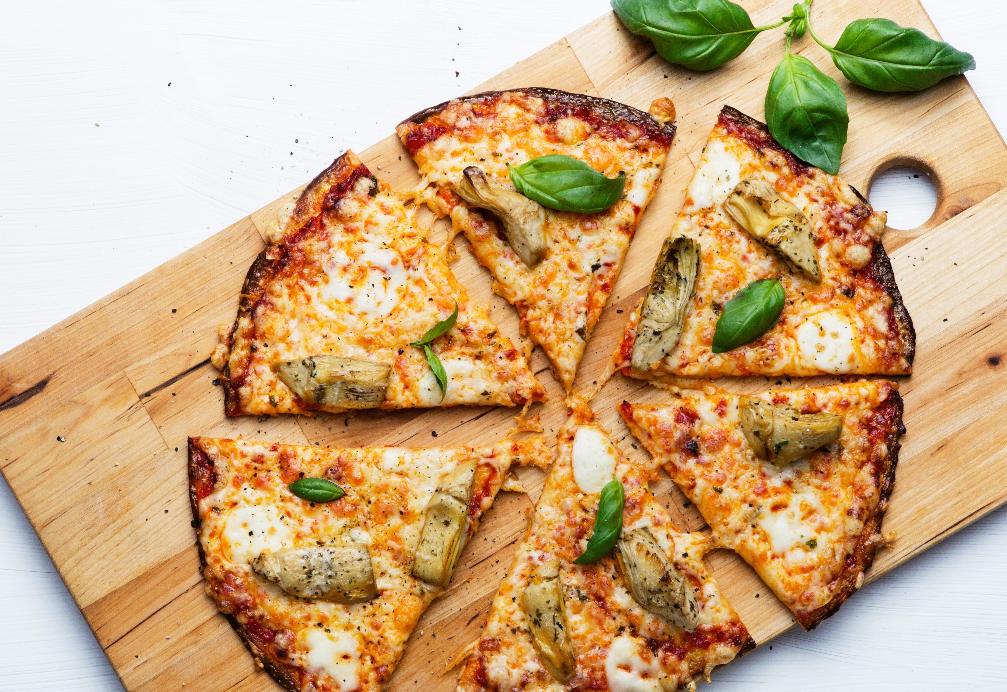 Vegetarian Low-Carb Cauliflower Pizza with Artichokes