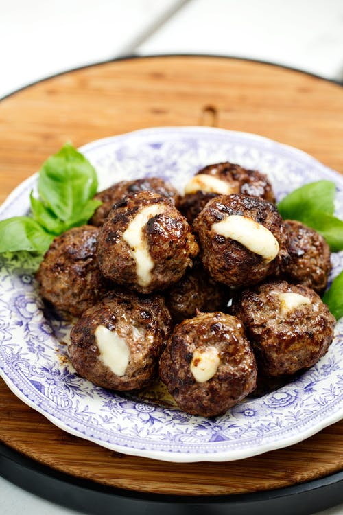Keto mozzarella-stuffed meatballs