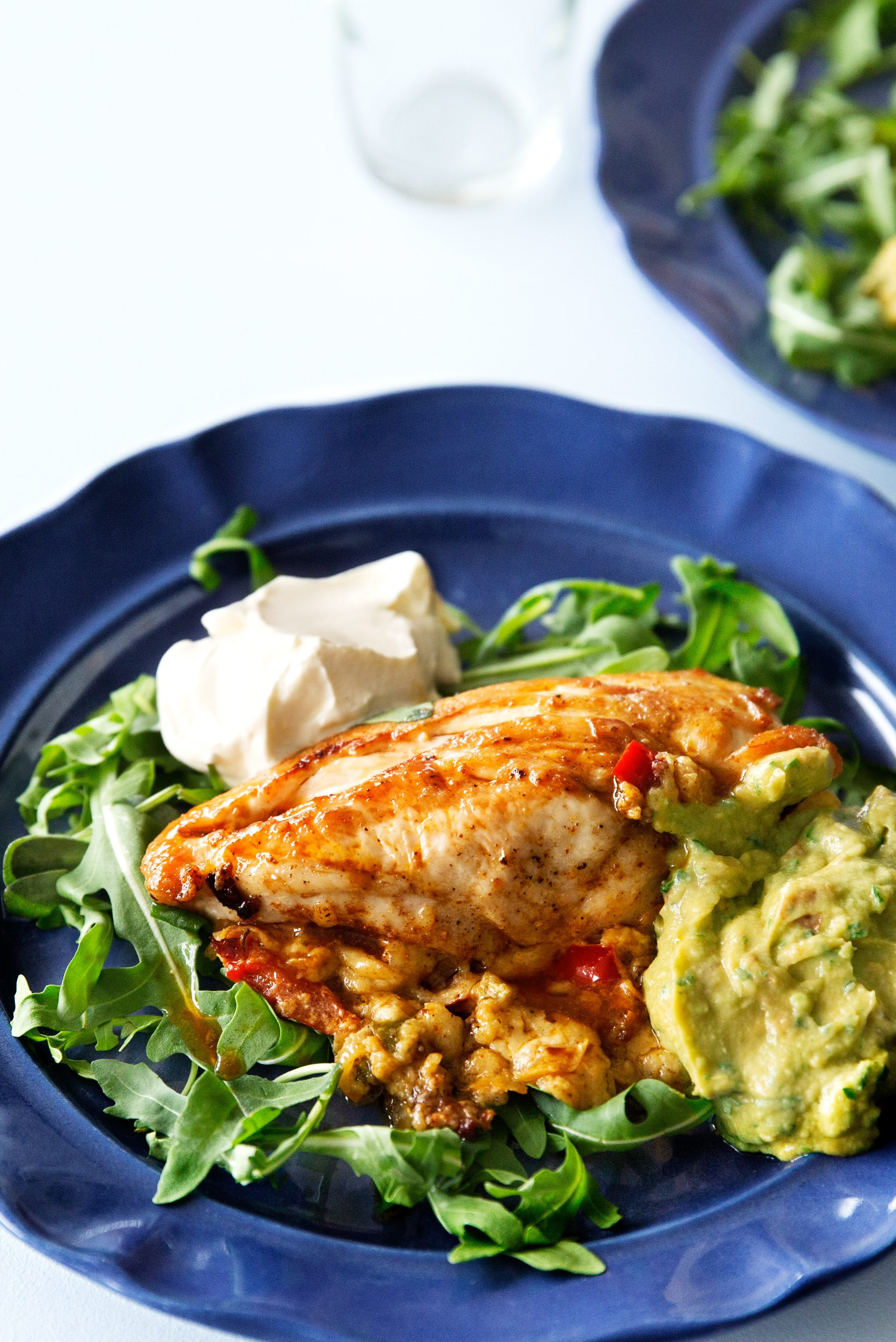 Cheese-filled chicken breast with guacamole