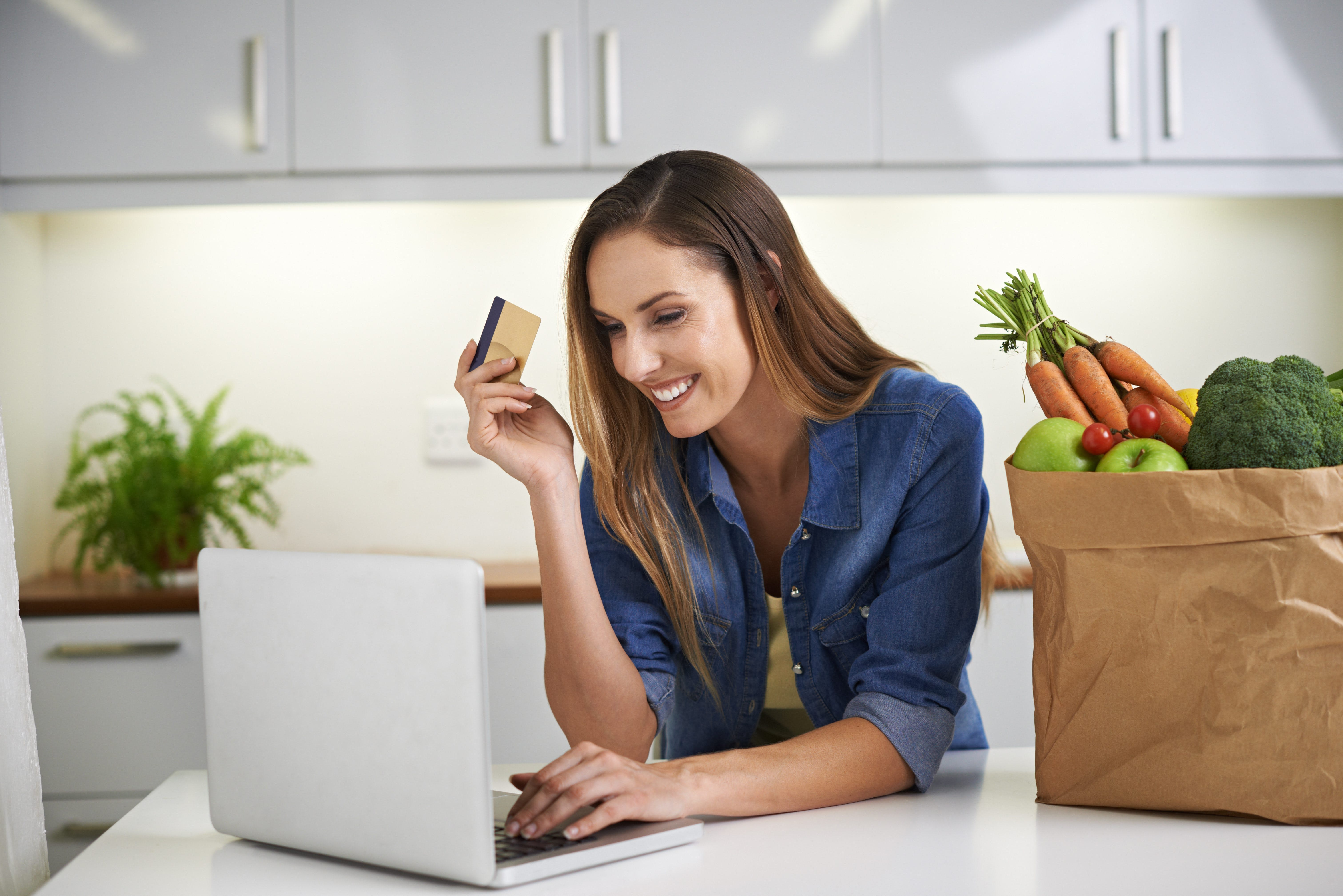 How to Shop for Low-Carb Extras Online