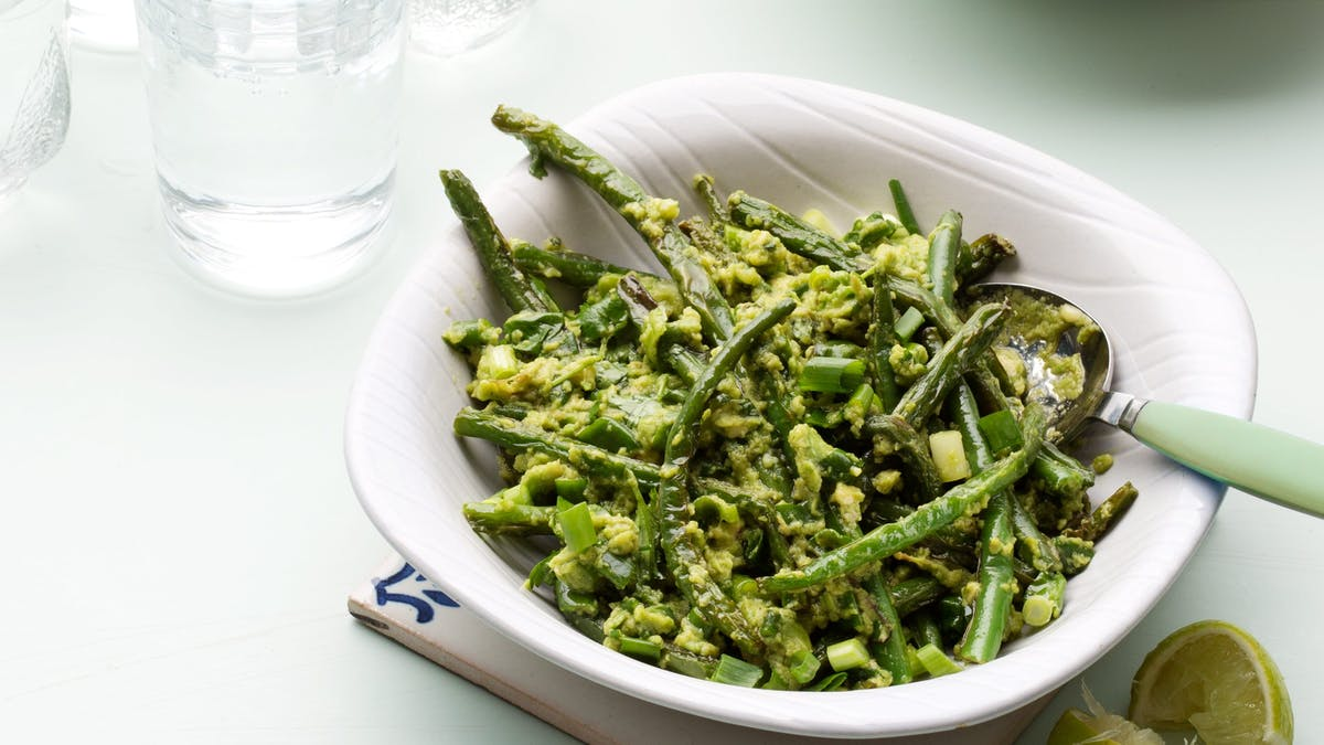 Green beans and avocado