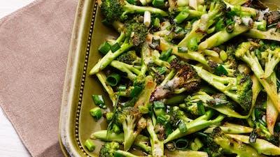 Butter-fried broccoli