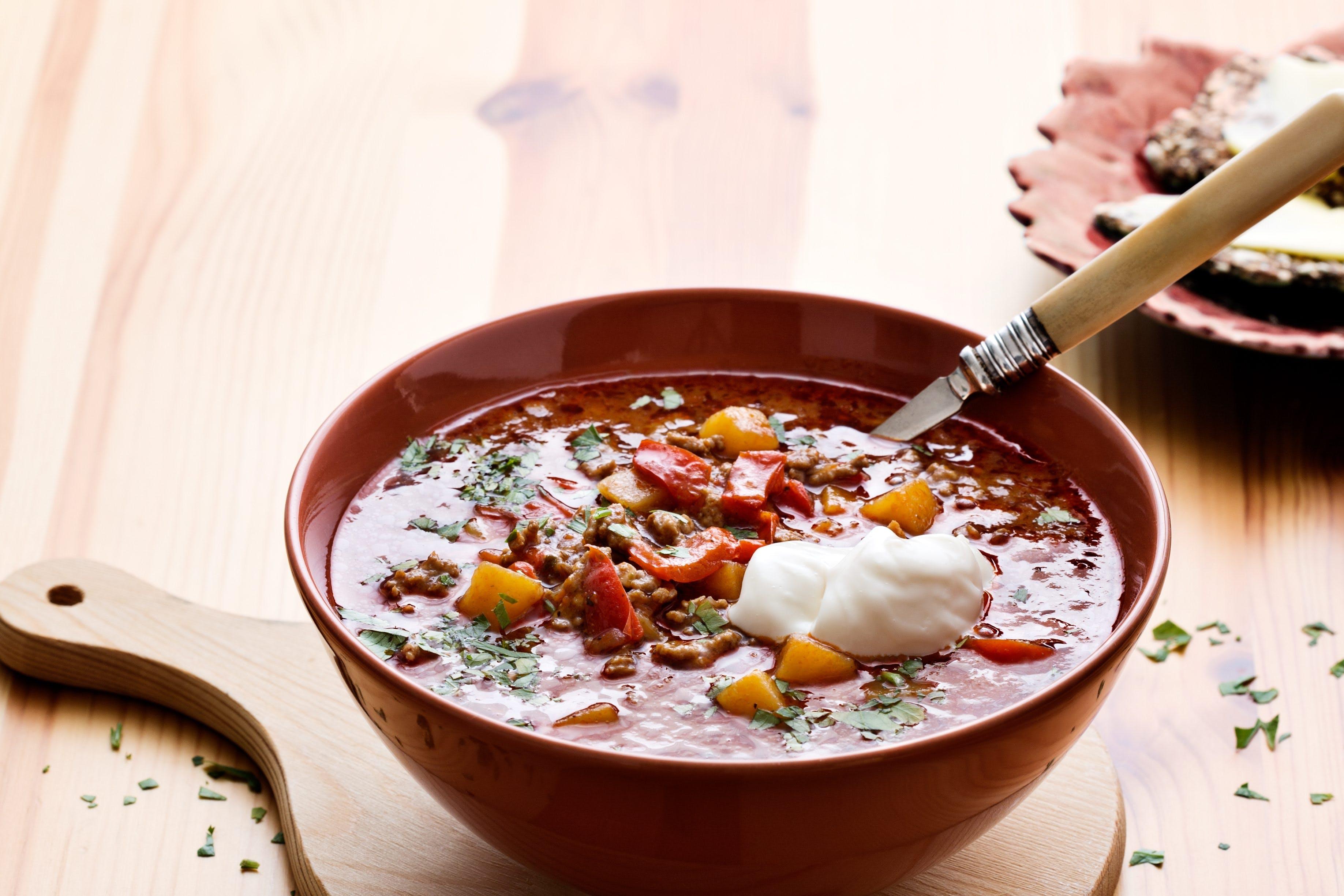 Low-carb Goulash soup