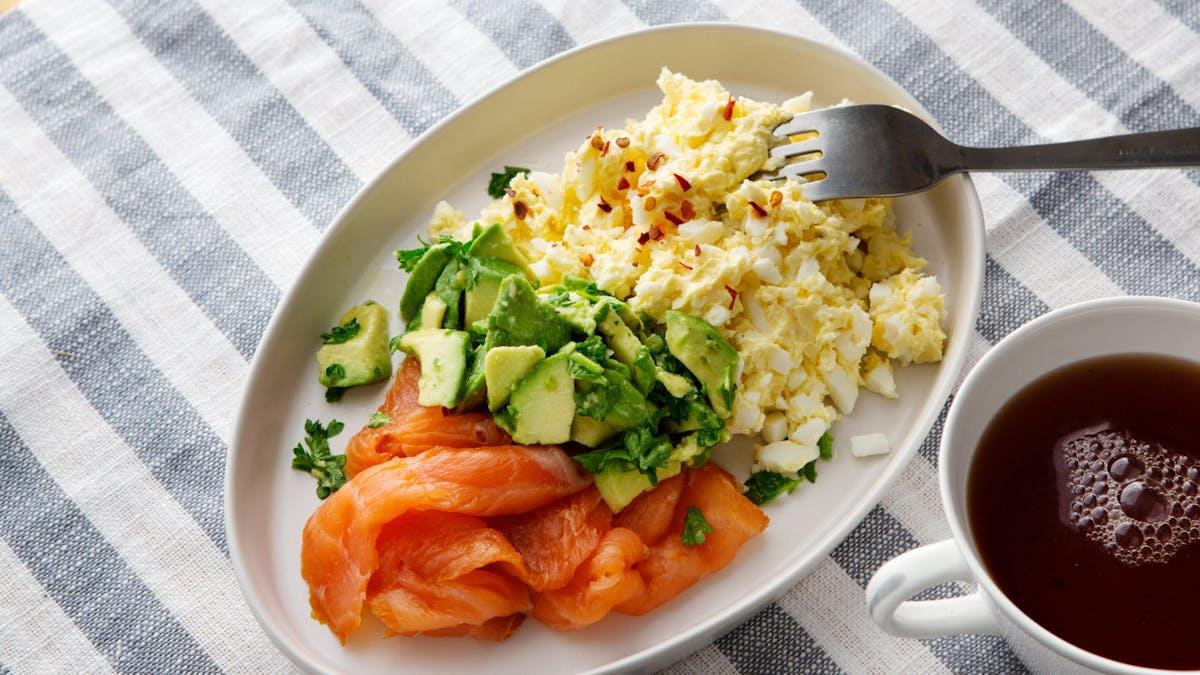 Keto egg butter with smoked salmon and avocado