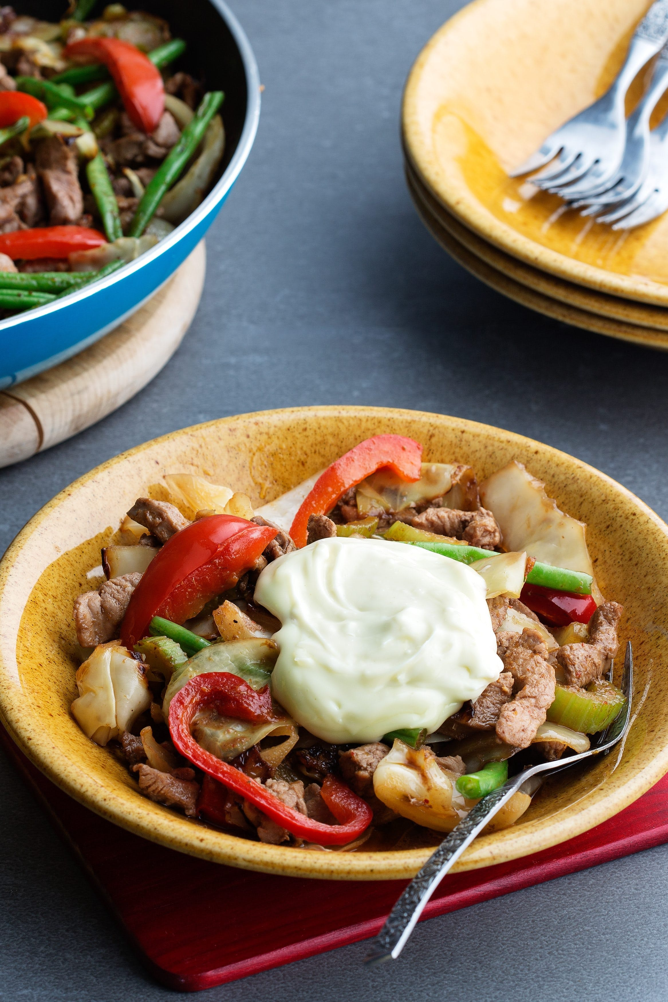 Low-carb turkey stir-fry with wasabi mayo