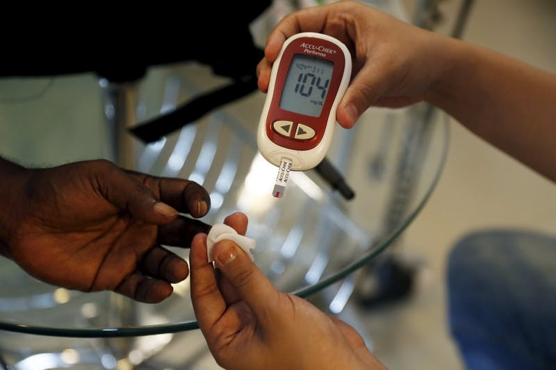 2016-04-28T121856Z_01_BEA07_RTRIDSP_3_INDONESIA-HEALTH-DIABETES
