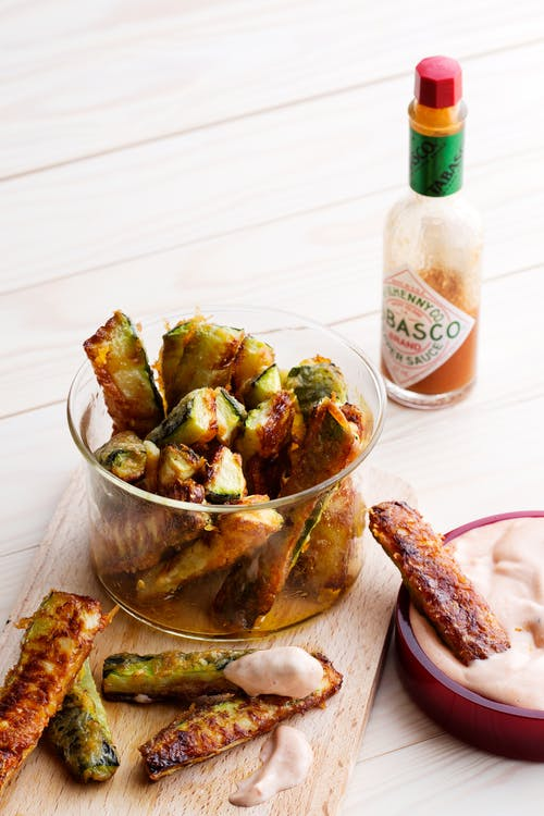 Keto zucchini fries with spicy tomato mayo