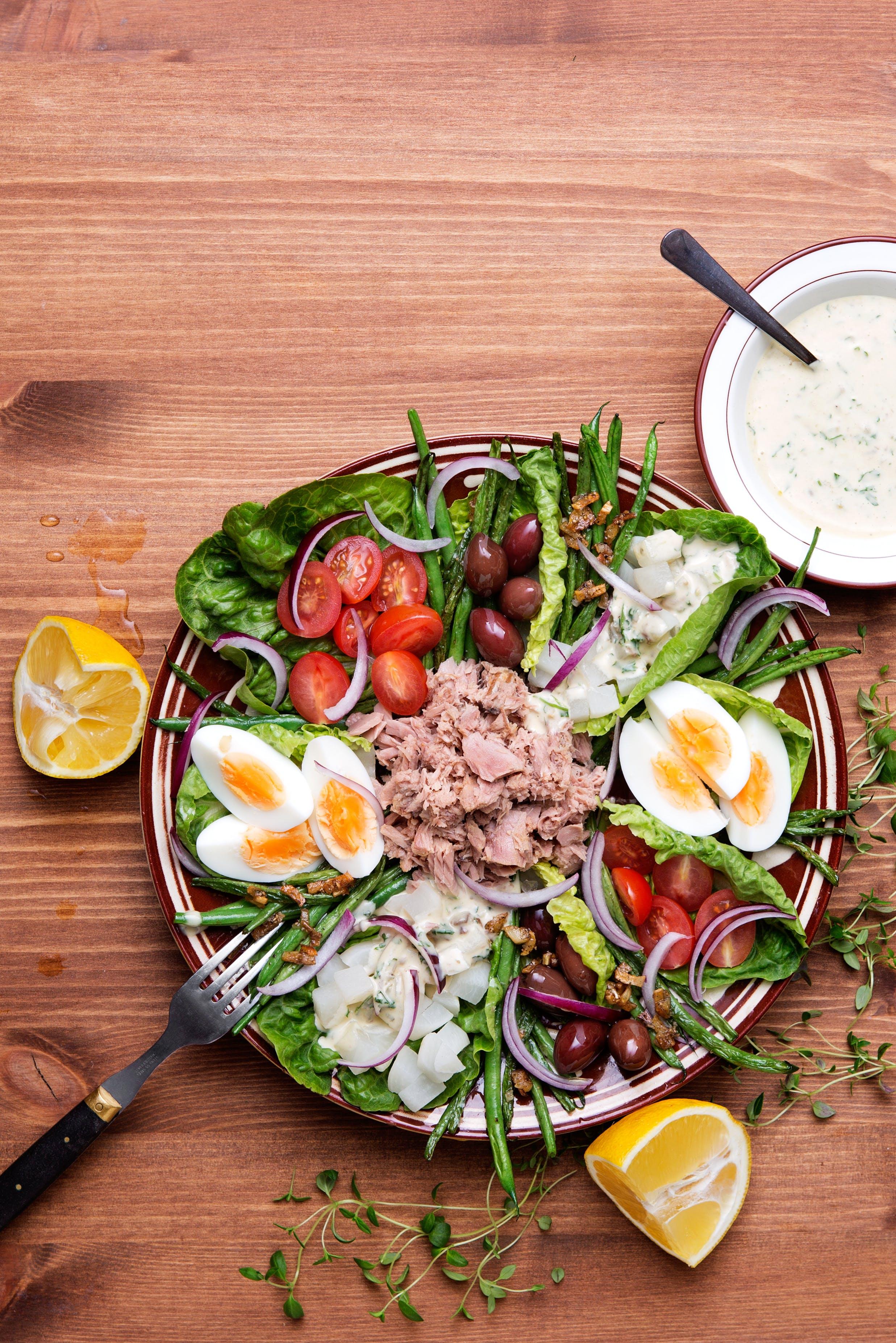Keto salad Niçoise