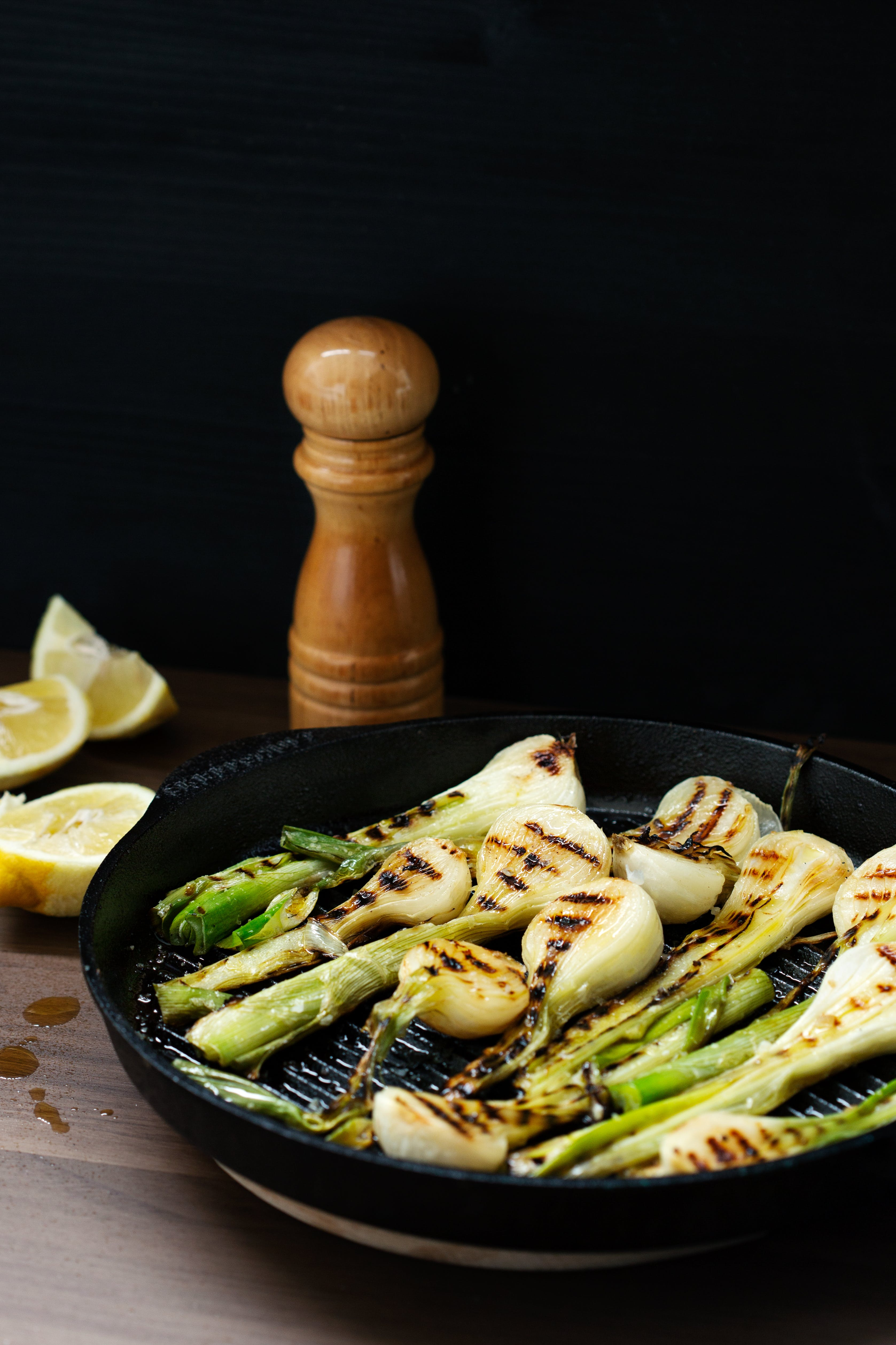 Grilled fresh onions
